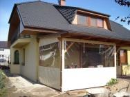 veranda s plachtovým krytím