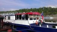 plachtové krytí lodní restaurace