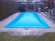 nafukovací plachta na bazén
