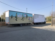 advertisment on semi-trailers