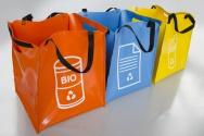 tašky z pevného materiálu na tříděný odpad